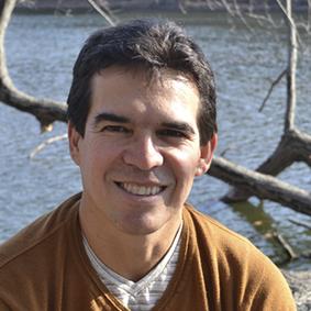 Imagen de expositor Edmundo Paz Soldán