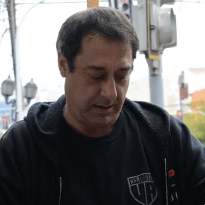 Las joyas de René Cevasco, periodista y locutor radial